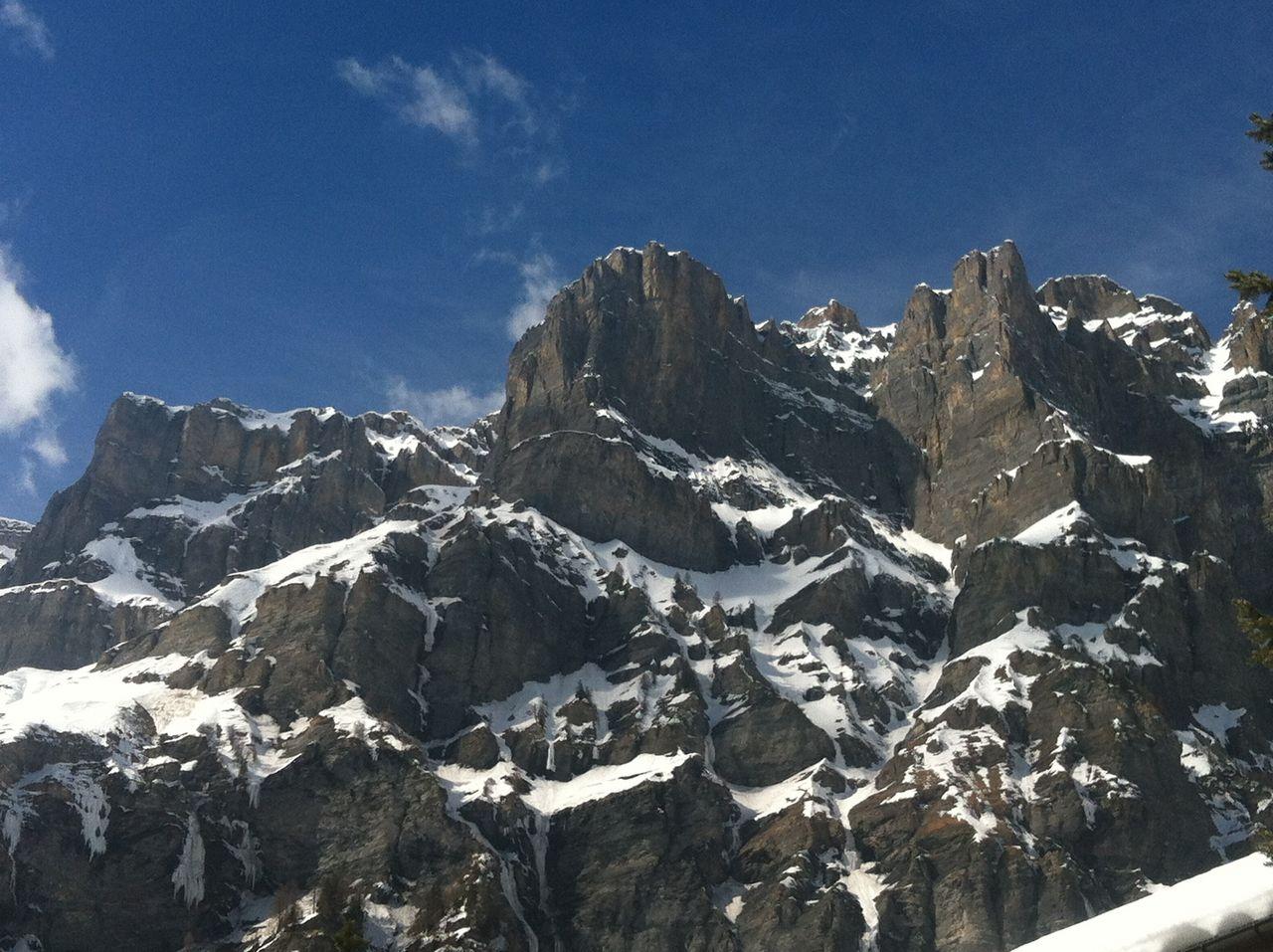 Klettersteig Leukerbad : Daubensee in spring bild von klettersteig gemmi daubenhorn
