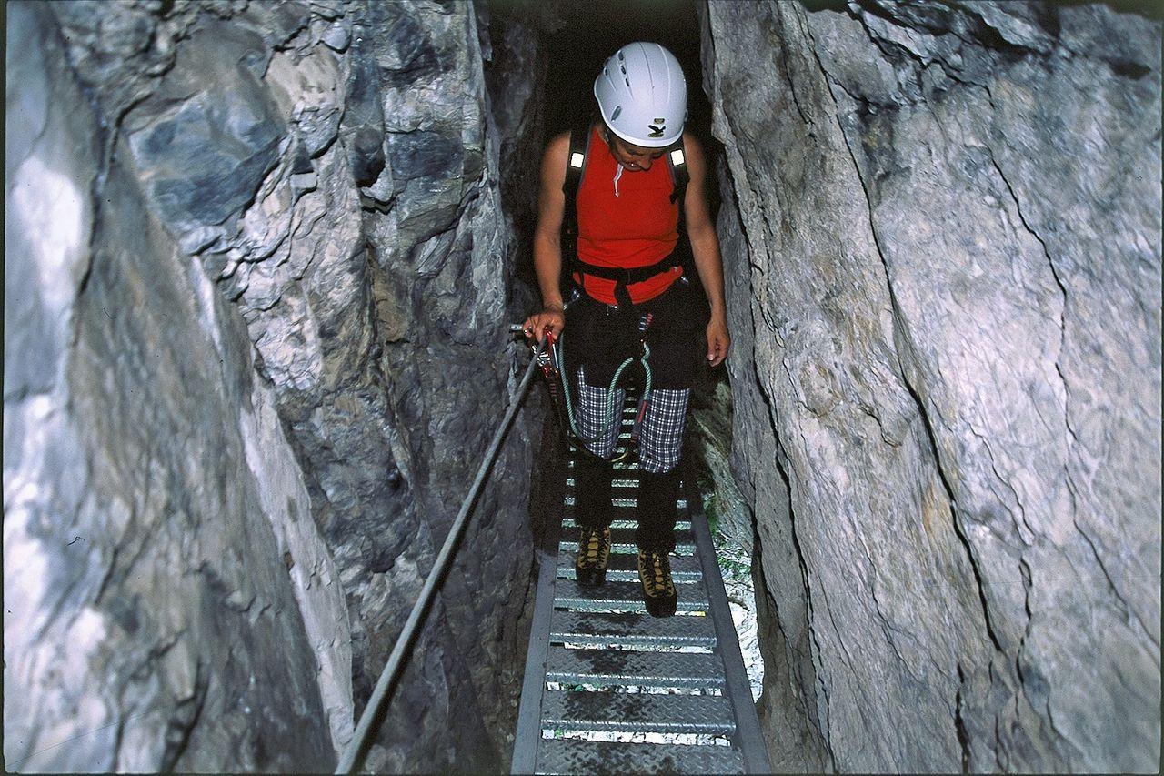 Klettersteig Flims : Klettersteig pinut klettersteige flimser stein schweizer